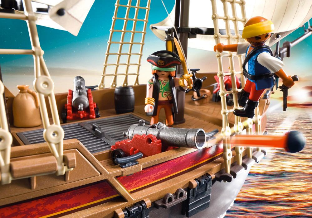 playmobil pirates 5135 pas cher bateau d 39 attaque des pirates. Black Bedroom Furniture Sets. Home Design Ideas