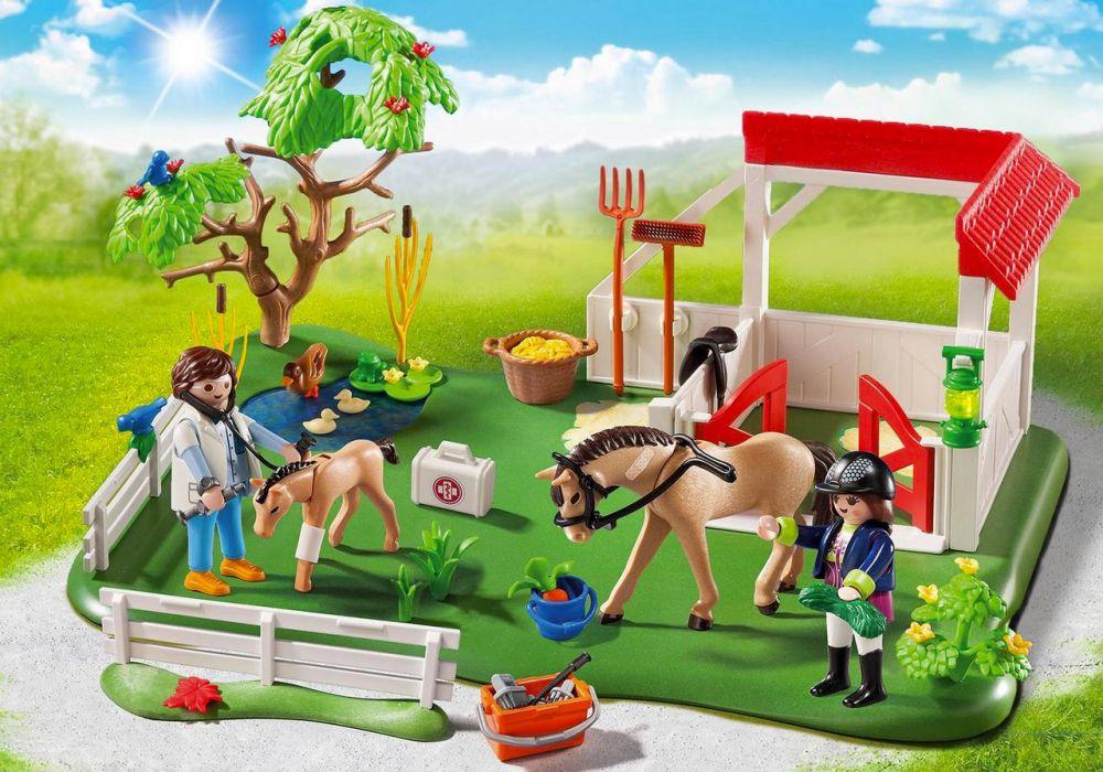 Playmobil country 6147 pas cher superset paddock avec - Playmobil haras ...