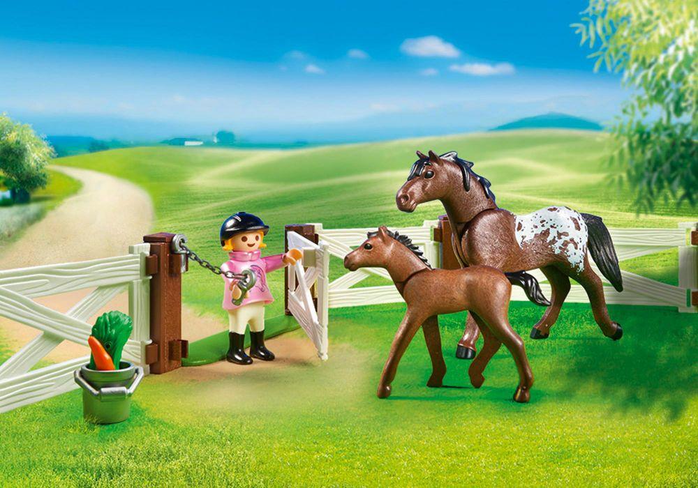 Playmobil country 6931 pas cher enclos avec chevaux - Playmobil haras ...